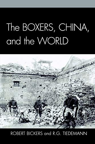 9780742553958: The Boxers, China, and the World