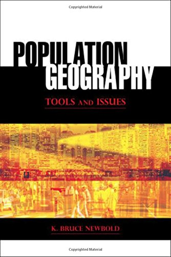 9780742557543: Population Geography: Tools and Issues