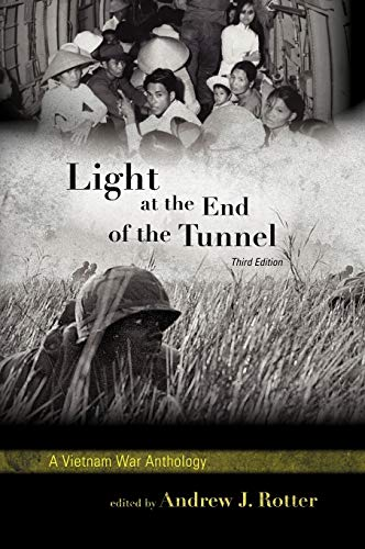 9780742561335: Light at the End of the Tunnel: A Vietnam War Anthology