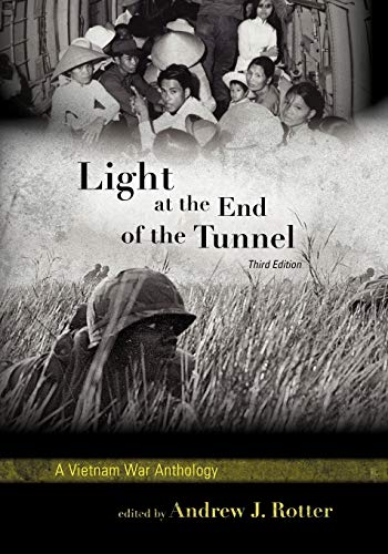 9780742561342: Light at the End of the Tunnel: A Vietnam War Anthology
