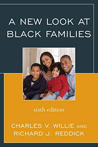 9780742570078: A New Look at Black Families