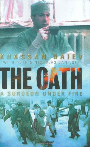 9780743220118: The Oath: A Surgeon Under Fire