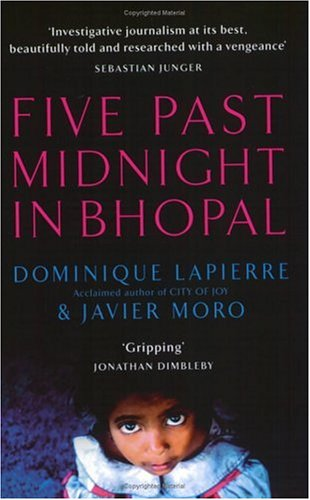9780743220354: Five Past Midnight In Bhopal