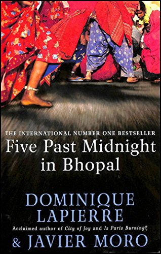 9780743230889: Five Past Midnight in Bhopal
