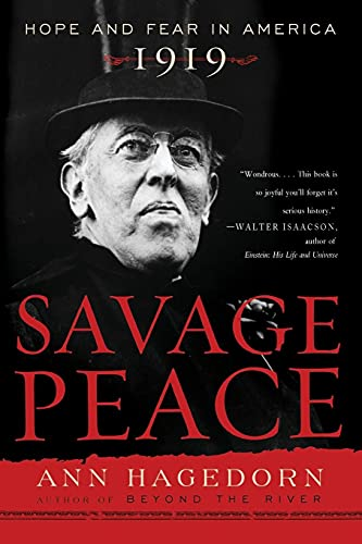 9780743243728: Savage Peace: Hope and Fear in America, 1919