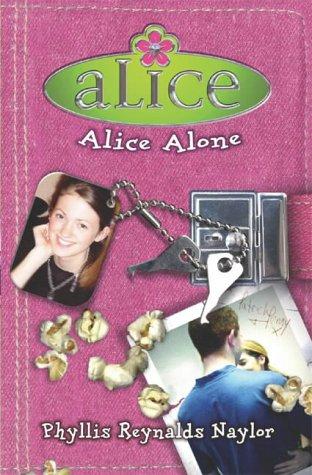 9780743469036: Alice Alone
