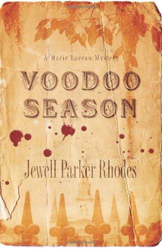 9780743483278: Voodoo Season: A Marie Laveau Mystery