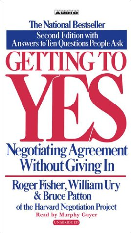 9780743526913: Getting to Yes: Negotiating Agreement Without Giving In