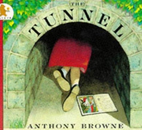 9780744517927: Tunnel
