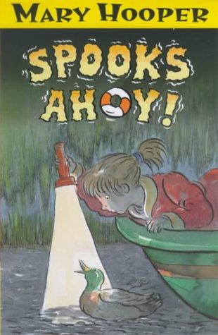 9780744572605: Spooks Ahoy !