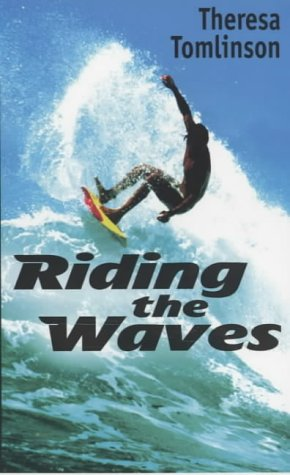 9780744578164: Riding The Waves