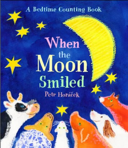 9780744596557: When the Moon Smiled