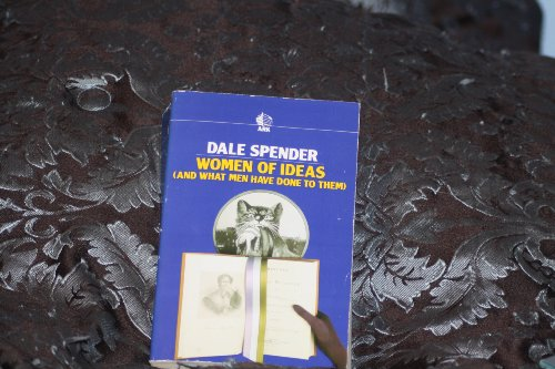 9780744800036: Women of Ideas - and What Men Have Done to Them: From Aphra Behn to Adrienne Rich