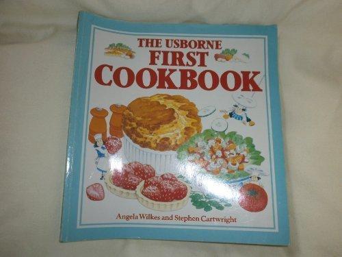 9780746002339: The Usborne First Cookbook (Usborne First Cookbooks)