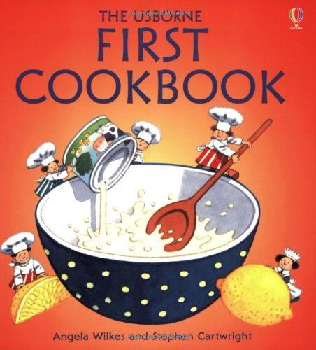 9780746030356: THE USBORNE FIRST COOKBOOK