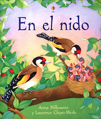 9780746073940: En El Nido (Titles in Spanish)