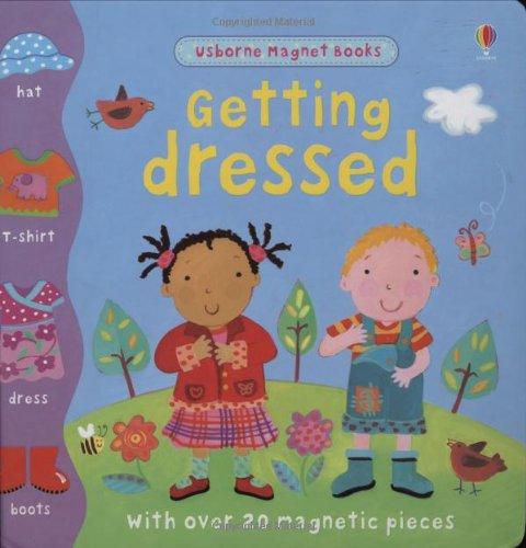 9780746097816: Getting Dressed (Usborne Magnet Books)
