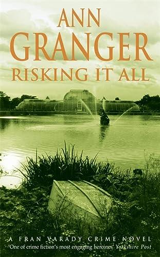 9780747268017: Risking It All (Fran Varady #4)