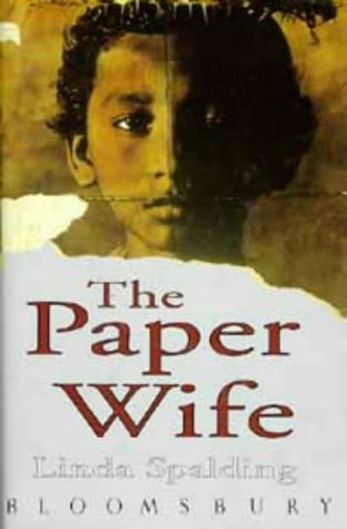 9780747517078: The Paper Wife