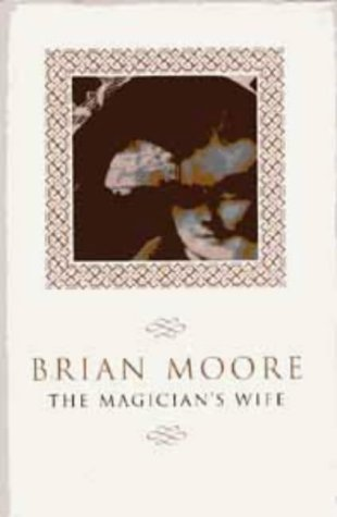 9780747537182: The Magician's Wife