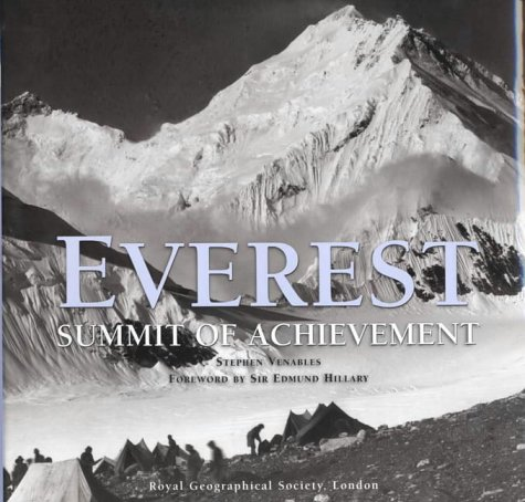 9780747562238: Everest: The Summit of Achievement