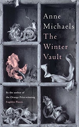 9780747598091: The Winter Vault