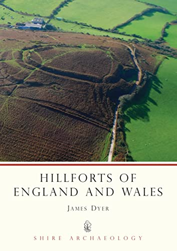 9780747801801: Hillforts of England and Wales