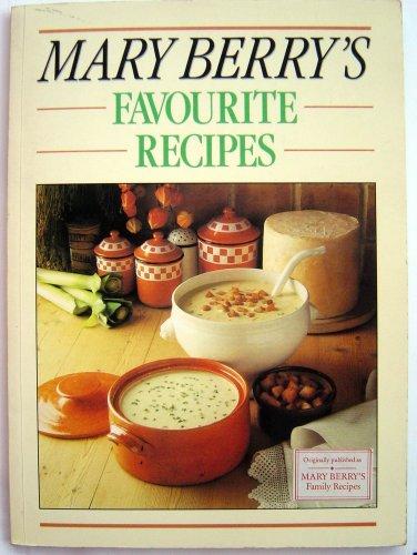 9780748102143: Mary Berry's Favourite Recipes (Family Recipes)