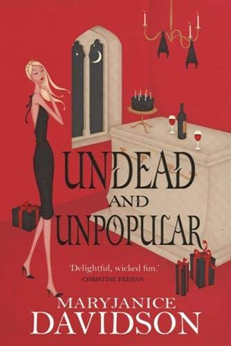 9780748119806: Undead and Unpopular (Undead/Queen Betsy)