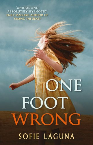 9780749007232: One Foot Wrong
