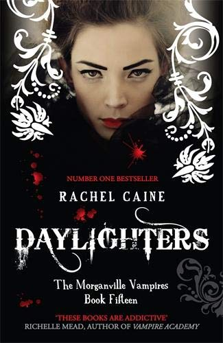 9780749012717: Morganville Vampires 15. Daylighters
