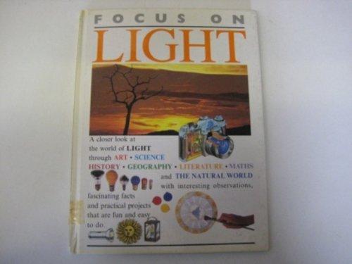 9780749610333: Light (Focus on)