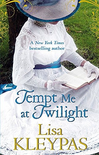 9780749909581: Tempt Me at Twilight: The Perfect Moonlit Love Affair (Hathaways 3)