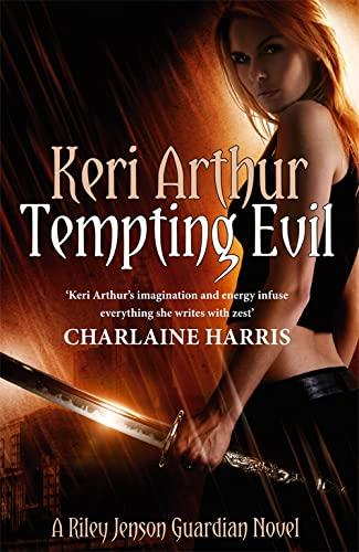 9780749955977: Tempting Evil
