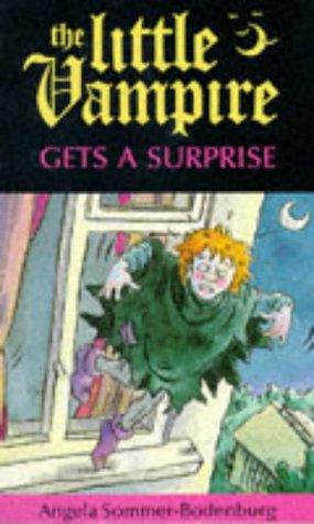 9780750014069: Little Vampire Gets A Surprise (Fiction: Little Vampire)