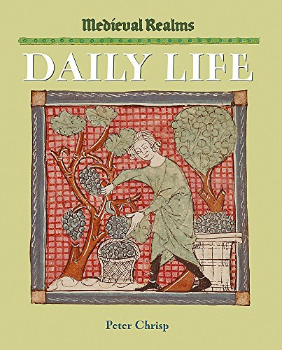 9780750244374: Medieval Realms: Daily Life