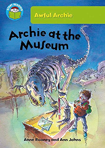 9780750268684: Archie at the Museum