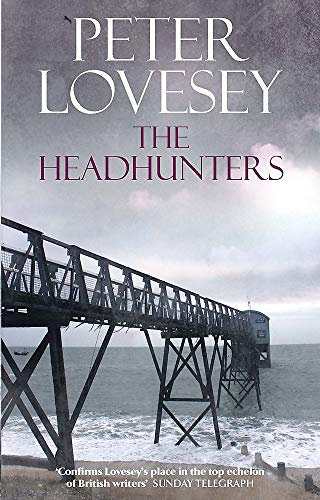 9780751541298: The Headhunters