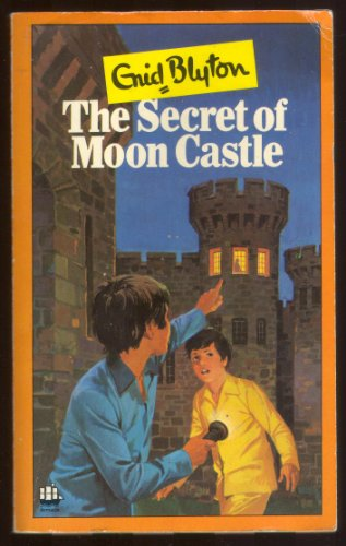 9780752509020: SECRETS: The Mystery That Never Was / The Secret of Moon Castle