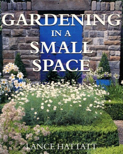 9780752524597: Gardening in a Small Space