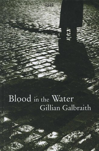 9780753179468: Blood In The Water (Ulverscroft Large Print Series)