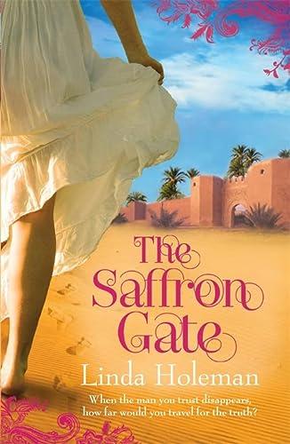 9780755331130: The Saffron Gate