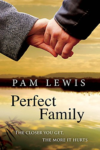 9780755332069: Perfect Family