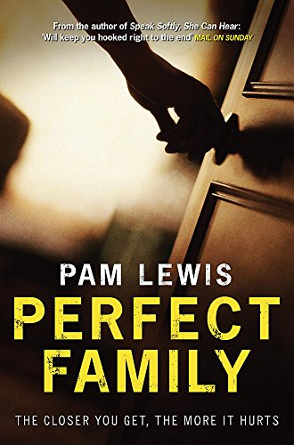 9780755332076: Perfect Family