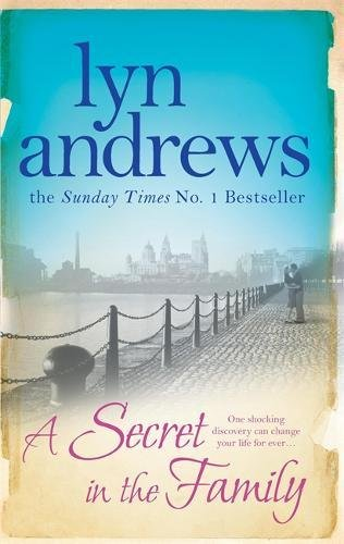9780755346103: A Secret in the Family: One shocking discovery can change your life forever...