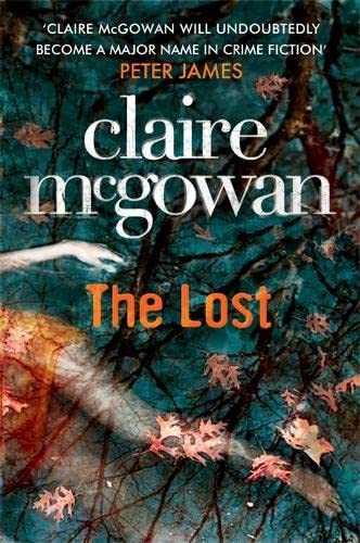 9780755386383: The Lost (Paula Maguire 1)