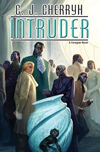 9780756407155: Intruder (Foreigner)