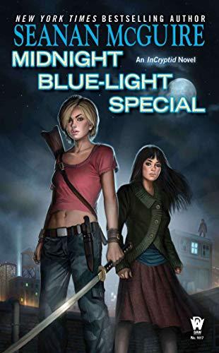 9780756407926: Midnight Blue-Light Special (InCryptid)
