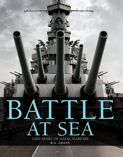 9780756639730: Battle at Sea: 3,000 Years of Naval Warfare