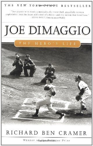 9780756779764: Joe Dimaggio: The Hero's Life